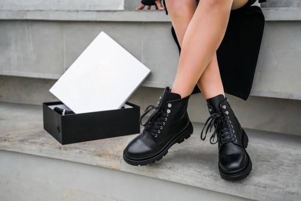 Поради для дівчат: З чим носити масивні черевики