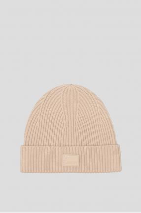 Женская бежевая шапка