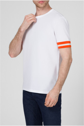 Мужская белая футболка 1