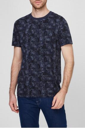 Мужская темно-синяя футболка с узором 1
