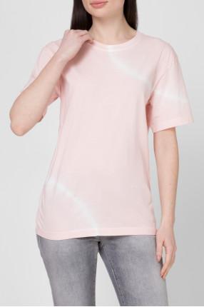 Женская розовая футболка 1