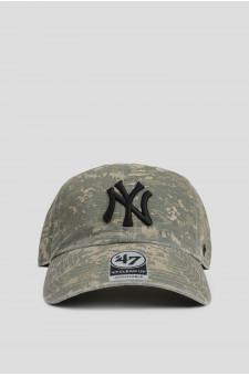 Мужская зеленая кепка