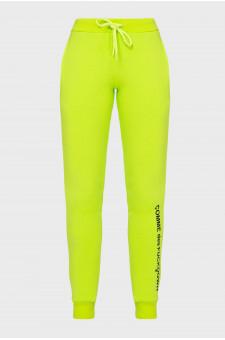 Женские салатовые спортивные брюки