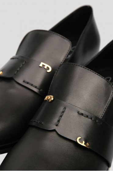 Женские черные кожаные лоферы 5