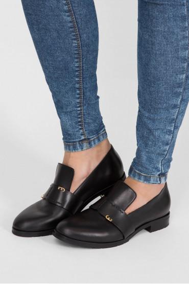 Женские черные кожаные лоферы 6
