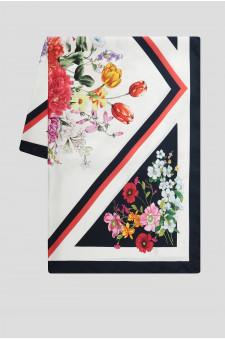 Женский шелковый платок с узором