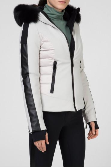 Женская светло-серая лыжная куртка 2