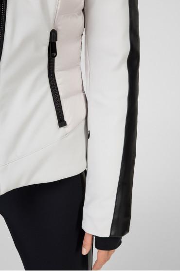 Женская светло-серая лыжная куртка 4